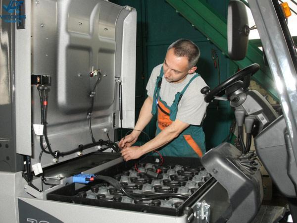 bảo dưỡng xe nâng điện